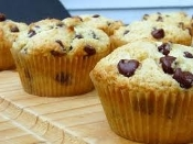 Half Dozen Low Carb Vanilla, Chocolate Chip Muffins - 6 Pack